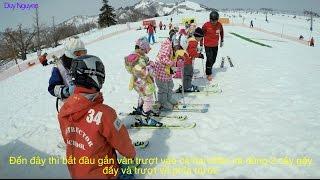Hướng dẫn trượt tuyết sơ cấp dành cho các bé