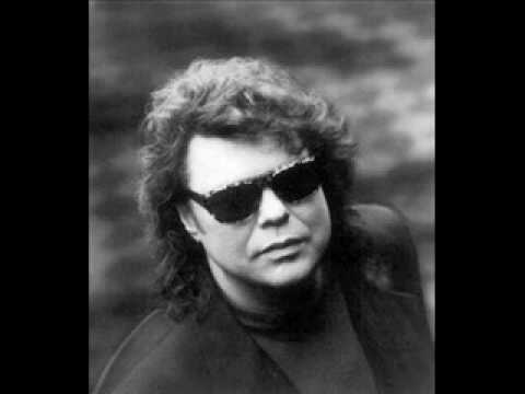 """Ronnie Milsap """"Please Don't Tell Me How The Story Ends"""""""