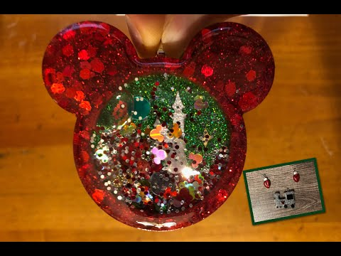 Watch Me Resin | Christmas Shaker Ornament | Mold Monday