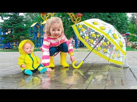 Rain Rain Go Away Song | Milusik and her doll Playing In The Rain