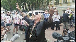 Смотреть видео Никита Джигурда станцевал ради поста мэра Москвы онлайн