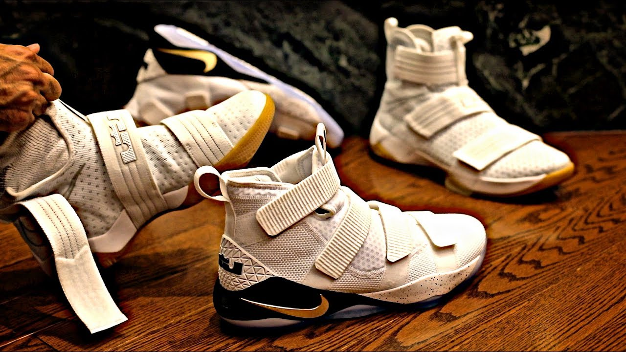 free shipping 0971a 438a7 Nike LeBron Soldier XI vs. LeBron Soldier X Comparison and Review