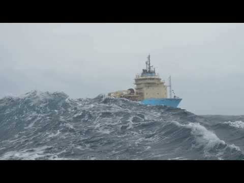 TUG ALP Winger in heavy weather