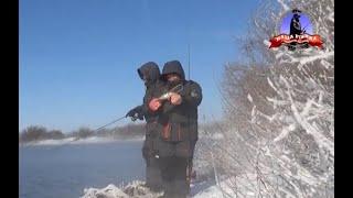Ловля ОКУНЯ на микроджиг ЗИМОЙ окунь спиннинг зимой