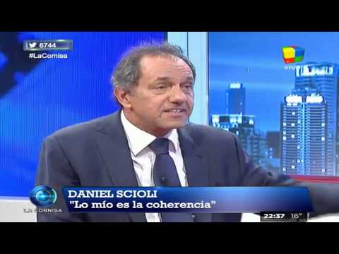 """Scioli: """"Tanto hablar de cambios, que al final cambiaron ellos"""""""
