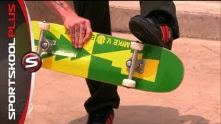 How to do a Kickflip with Pro Skateboarder Mike V