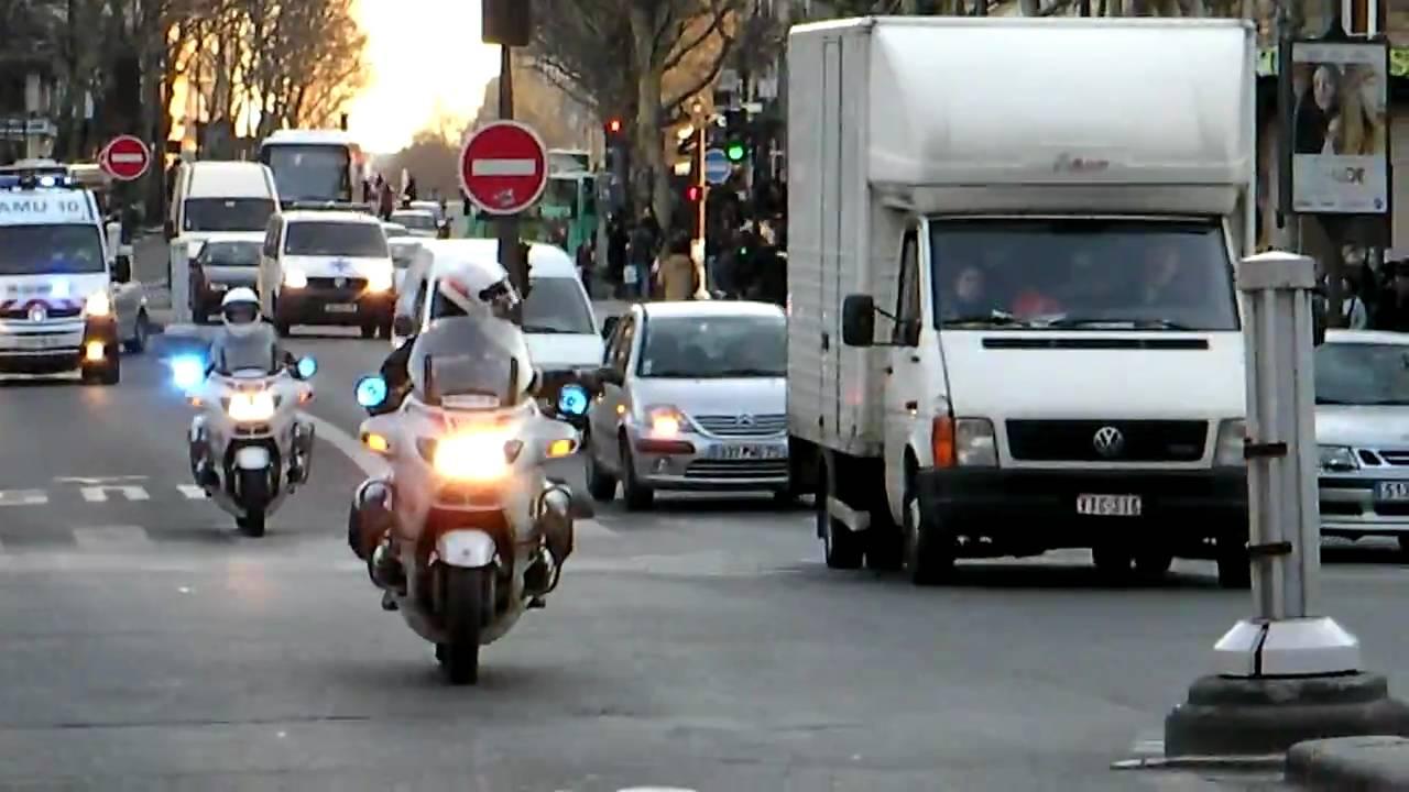 Escort girls in Paris