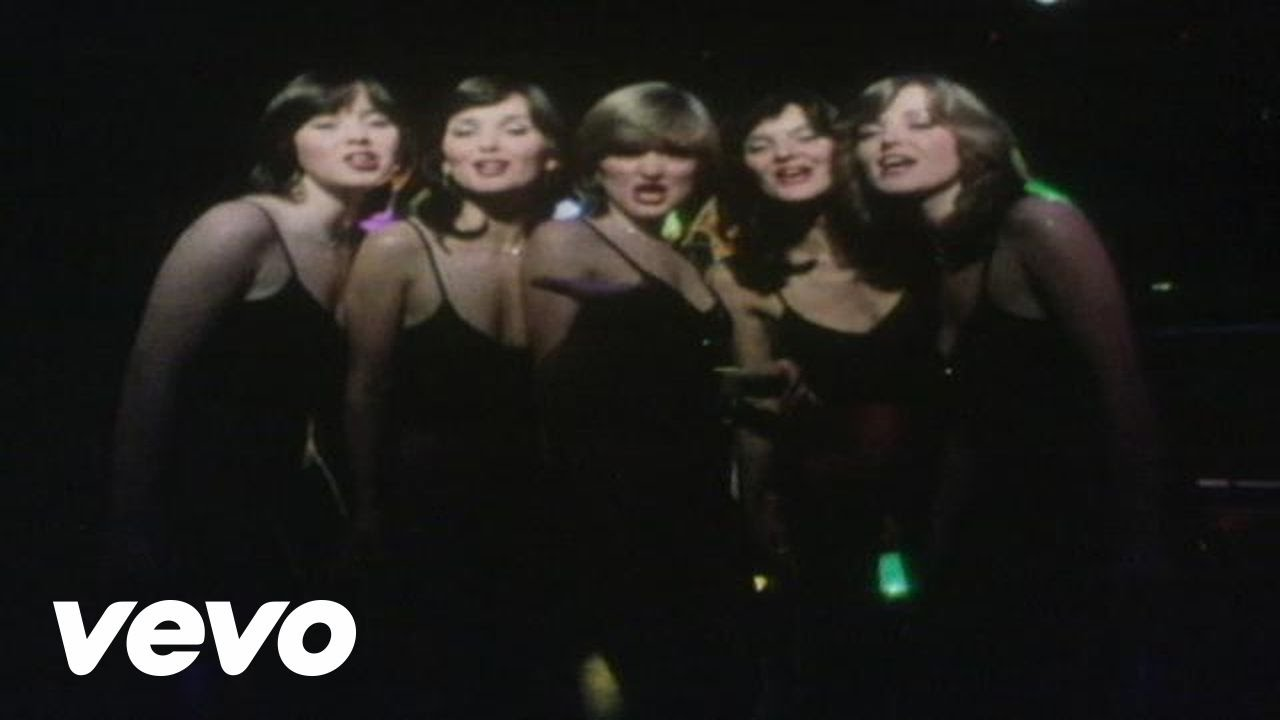 The Nolans - I'm In the Mood for Dancing