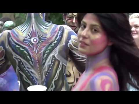 Body Painting Day New York City Wore Body Paint Instead Of Clothes Superb Art World Body