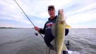 Plastics Tactics in Lakes for Mid Summer Walleye -