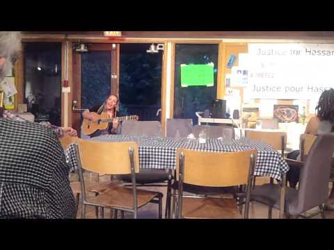 Amelia leclair at Hassan Diab fundraising dinner