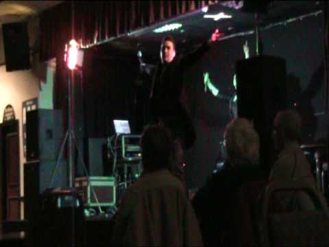 Oxygen duo live at Reddish working mens club