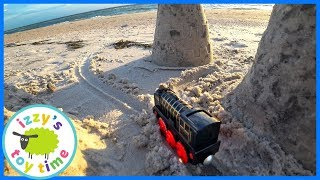BEACH VACATION! Playing in the Sand with Thomas and Friends! Hiro at Clearwater Beach