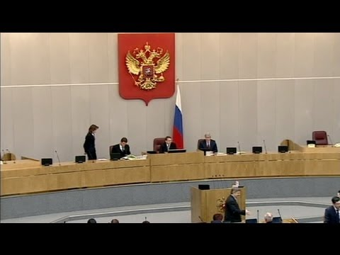 "Russian parliament mulls over ""gay propaganda"" bill"