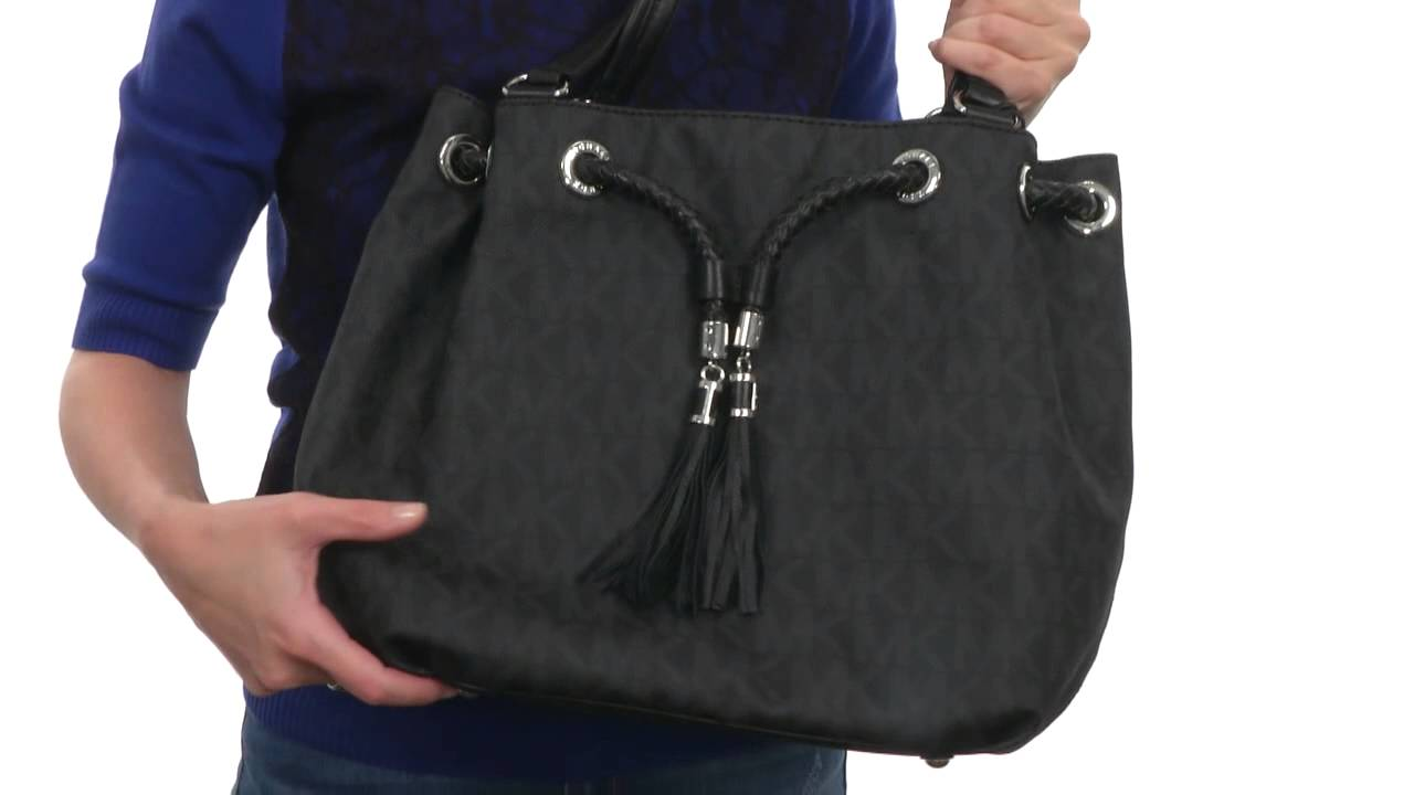 dc2f70308711 MICHAEL Michael Kors Jet Set Item Large Gathered Tote SKU:8469791 - YouTube