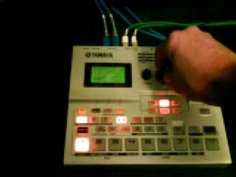 Yamaha su200 sampler sampling workstation su-200   in henleaze.