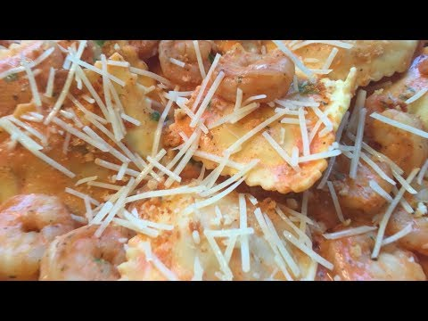 Cooking with Gabby: HelloFresh Lobster Ravioli and Shrimp in Tomato Cream Sauce