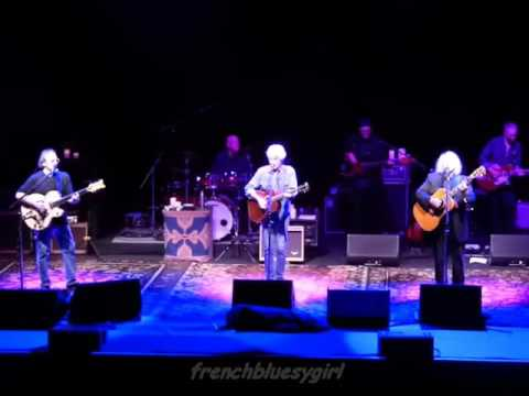 Crosby, Stills & Nash - Just A Song Before I Go - Live Paris - 27/09/2015