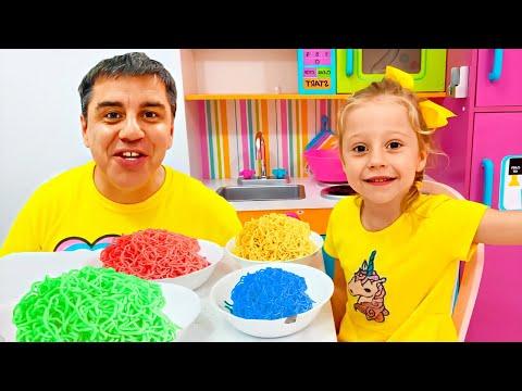 Настя и Стейси готовят десерты для папы