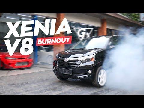 Drifting Pake Xenia V8! | A Donut With Motomobi