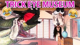 FUNNIEST Trick Eye Museum Visit in Korea! 😂😂😂