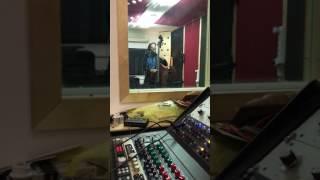הקלטת קונטרה באס - אלון כרמלי - גיטרה וכינור - אולפני ריזוטו