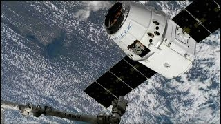 SpaceX Dragon CRS-14 Launch, Grapple, & Berthing (time lapse)