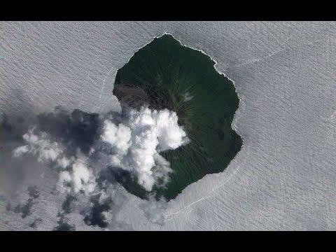 Powerful eruption of Tinakula volcano, ash 35,000 feet, Solomon Islands!
