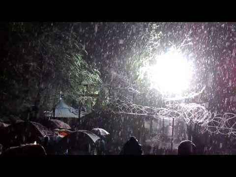 Neve sul cantiere Valsusa #NOTAV 2012 04 10 Fiaccolata notturna - Vaie - Chiomonte
