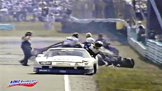 Multiple accident of the last lap in the Trans-Am race