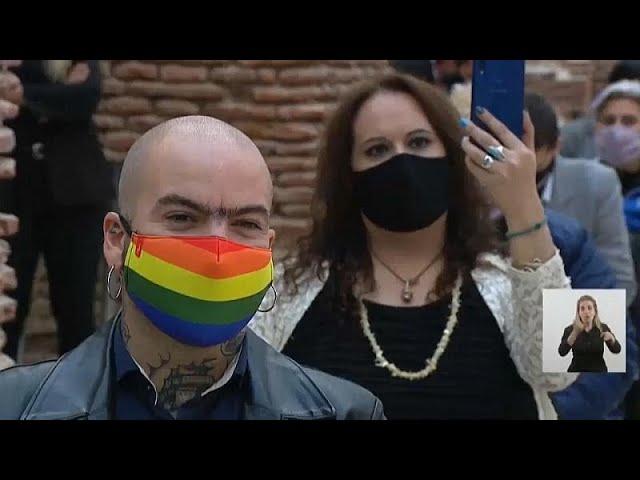Под литерой Х: Аргентина вводит «неопределенный пол»