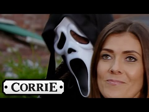 Michelle Makes A Dig At Leanne - Coronation Street