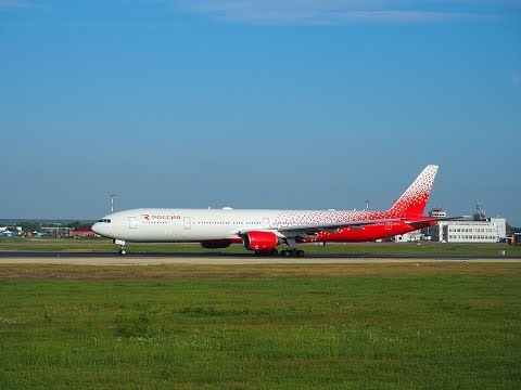 EI-UNL Rossiya - Russian Airlines Boeing 777-300  Yuzhno-Sakhalinsk Khomutovo (UUS / UHSS)