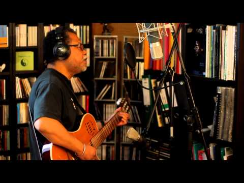 Mahaleo - SAOLY - acoustic cover by CHRISTIAN