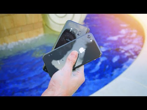 iPhone 8 vs Galaxy S8 - 1 Hour in Water!