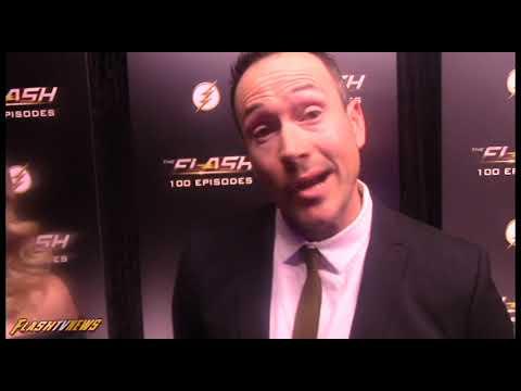 Chris Klein  Flash Episode 100 Carpet  Cicada