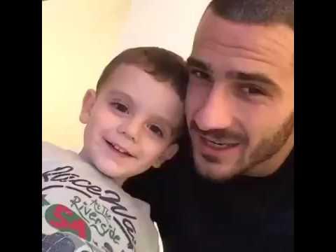 Leonardo Bonucci (Juventus) e il piccolo Matteo