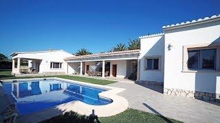 A vendre - Villa de luxe avec maison d'invités à Dénia Ref.CB-890