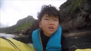 沖縄青の洞窟4歳児のシュノーケルの動画です。2歳から受け入れしてい...