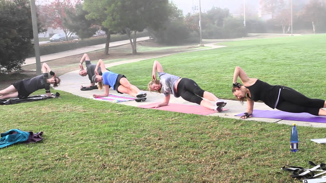 Outdoor Bootcamp San Diego - YouTube