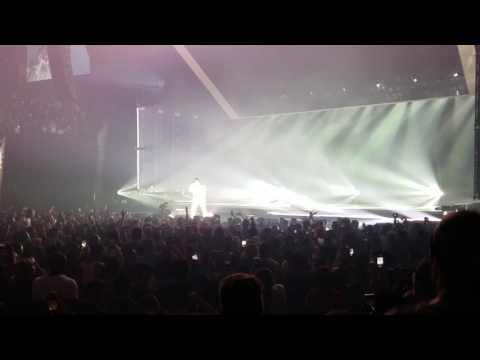 Kendrick Lamar - HUMBLE. (Live) - The DAMN. Tour opening night, Phoenix, AZ 07-12-2017