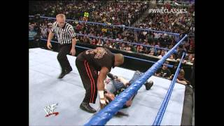 WWE SmackDown 11/23/00 - Happy Thanksgiving. Tazz vs Raven