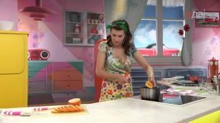 Суфле из йогурта с жареными пряными апельсинами