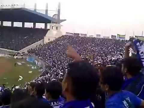action tribun selatan BOMBER (bobotoh maung bandung bersatu) persib vs mitra kukar 26 oktober 2014
