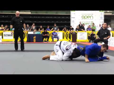 Vitor Oliveira vs Caio Terra - Black Belt Adult Open Class Final - 2014 Chicago Summer Open