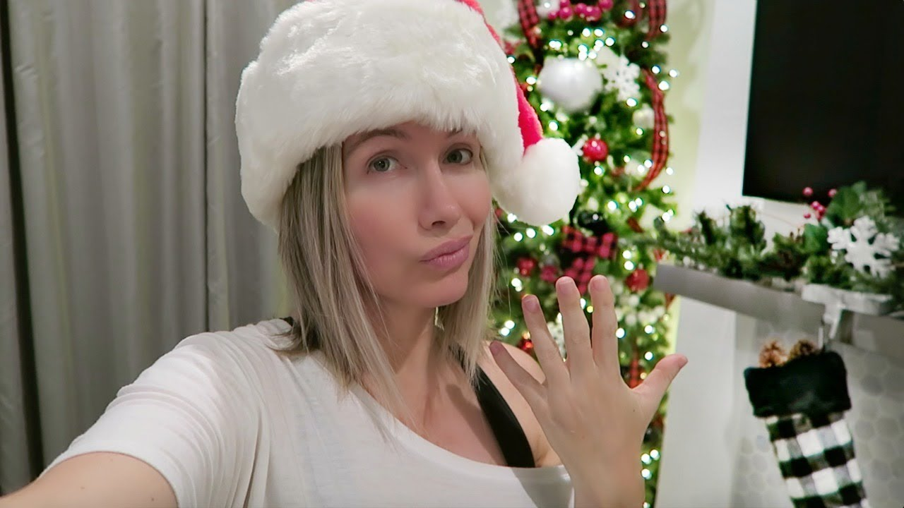 why-i-m-not-wearing-my-wedding-ring-going-through-christmas-stuff