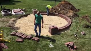 Circle Patio w/Seatwall & Columns - Time Lapse