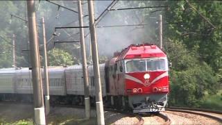 ��������� ���70-0335 � ���60-0926 / Locomotives TEP70-0335 and TEP60-0926