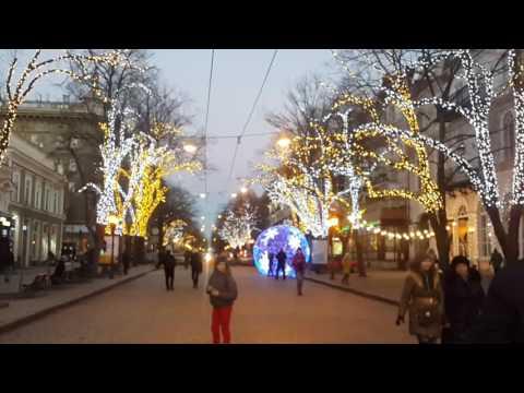 Одесса. Яркие огни улицы Дерибасовской