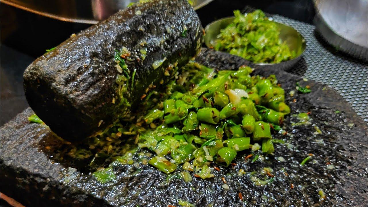 झणझणीत मिरचीचा ठेचा / Recipe in Marathi.